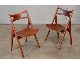 Pair of Hans Wegner CH29 'Sawbuck' Chairs (4HY1Q5)