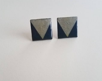 Gray and Navy Blue Triangle Squares
