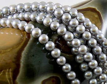 Freshwater Pearls Round Gray/Silver 7mm