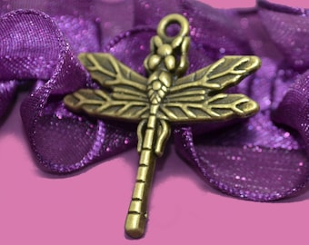 5 charm bronze dragonflies 28x32mm