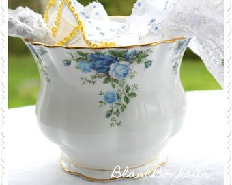 Royal Albert,  Moonlight Blue: Planter ''jardinière''