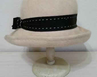 Vintage 50's Hat by Mahara, Cream