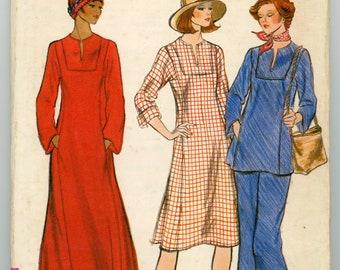 Vintage Vogue Sewing Pattern - 9130 ca.1975 - Uncut - Factory Folded