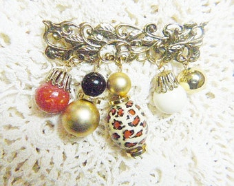 Vintage Gold Bar Brooch With Dangling Beads - BR-257 - Bead Bar Brooch - Bar Brooch With Charms - Charm Brooch
