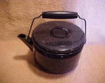 Vintage Blue Agate Enamelware 2 Quart Teapot Tea Kettle