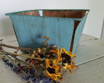 Vintage Berry Basket, Berry Carton