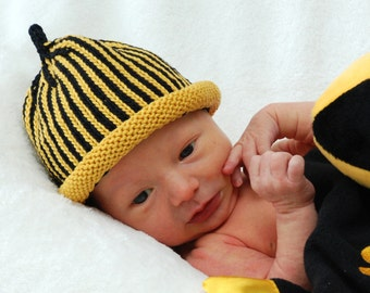 CUSTOMIZABLE Sports Team Knitted Newborn Baby Hat Plus Matching Onesie (Optional Set), Hand-Knit, Cotton, Best Baby Gift, Sports Fans