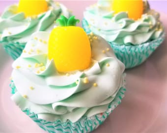 Pineapple & Sweet Mint bathbomb cupcake, bath bomb, bath soak, bath bombs, cupcake party, bath desserts, fun gifts, stocking stuffers