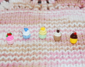 Cupcake knitting or crochet stitch markers - Set of 5