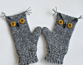 Large Child/Small Women's Grey Felted Wool Owl Mittens