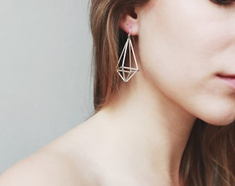 Himmeli inspired geometric earrings, dangle earrings in silver tone