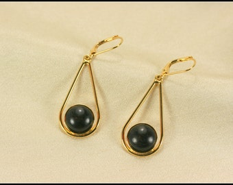 Black dangle earrings with teardrop, Black drop earrings, Black earrings, Teardrop earrings with black wood, Black teardrop earrings