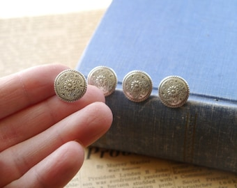 """10 pcs Scroll and Sunflower Flower Antiqued Silver Buttons 15mm 5/8"""" (SB2183)"""