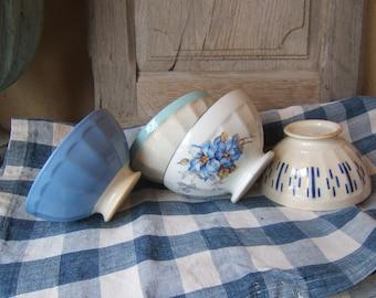 Set 4 antique old blue shades PETIT DEJEUNER Café au Lait BOWL pattern flowers