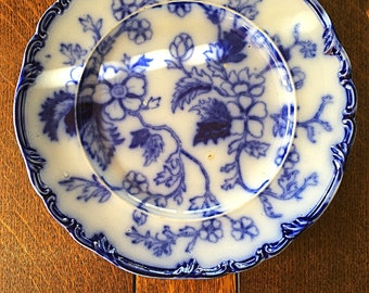 A most attractive, Spode 19th century, flow blue cabinet plate