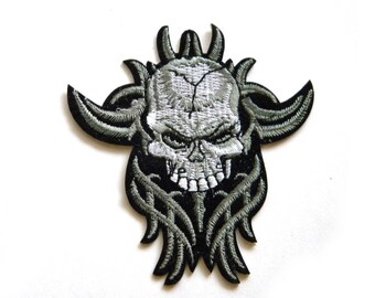 Skull Embroidered Patch Appliqué
