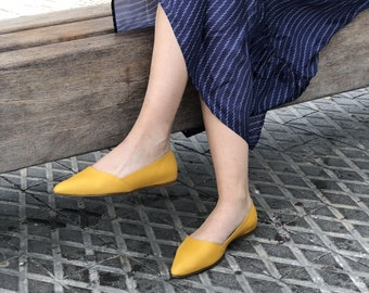 Handmade Leather Shoes / Yellow Women's Shoes / Flat Shoes / Pointed Toe Flat Shoe / Slip On Shoe / Summer Shoes / Evening Shoes - Barcelona