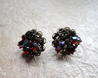 Beautiful Filigree and Rhinestone Earrings, Posts