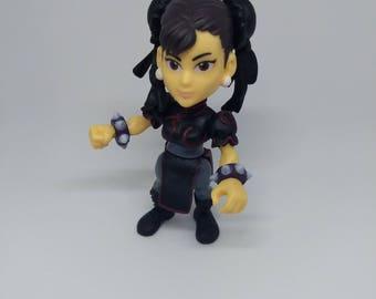 Street Fighter Black and Red Alternate Costume Chun-Li Custom The Loyal Subjects Vinyl Figure SF