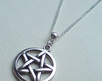 Silver Pentagram Necklace , Silver Pentacle Necklace , Large Pentagram Necklace , Large Pentacle Necklace , Wiccan Jewelry , Pagan Jewelry