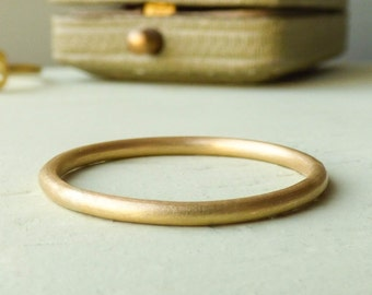 Ethical Wedding Ring - Wedding Band for Women - Gold Wedding Ring - Unique Wedding Ring - Halo Style Wedding Ring - Thin Gold Band