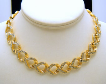 Elegant Vintage Napier Rhinestone Necklace Gold Tone Links Choker Length