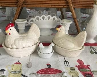 Vintage pottery hens-3 pieces