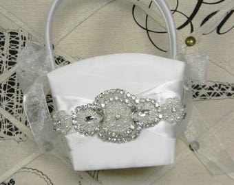 Flower Girl Basket, White or Ivory Flower Girl Basket, Wedding Flower Basket, Pearl & Rhinestone Flower Baskets, Classic Glam Wedding Decor