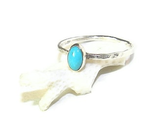 Turquoise Oval in a Dainty Sterling Silver Ring R140