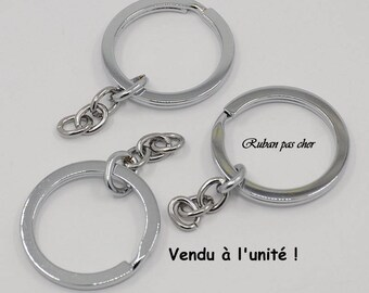 1 support Keychain - double ring and small chain - silver - not cheap!