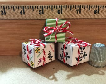 C-19   Miniature Christmas packages for Barbie, dollhouses, collectors and dioramas