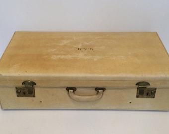 FREE UK POSTAGE* A vintage large vellum pig skin leather suitcase