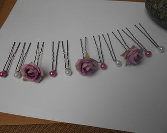 Purple and white hair - pins - roses and pearls mounted on hair clips