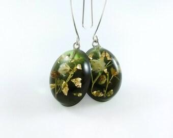 Real flower earrings Resin earrings Botanical jewelry Green earrings Best friend gift Terrarium jewelry Drop earrings for girl Gift for mom