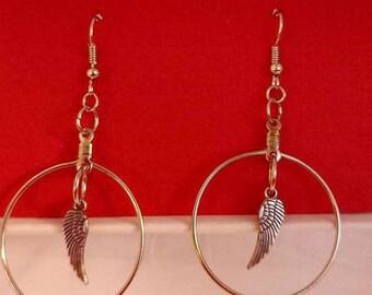 Silver hoop with silver angel wings