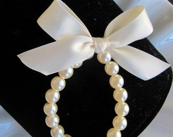 Flower Girl Pearl Bracelet, Flower Girl Bracelet, Flower Girl Jewelry and Gift custom made with the ribbon color of your choice