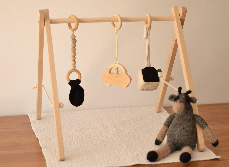 portique d 39 veil jeu en bois gym pour b b. Black Bedroom Furniture Sets. Home Design Ideas