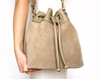 Free shipping! Beige bag, beige bucket bag, beige leather bag, bucket bag, shoulder bag, beige suede bag, suede bag, crossbody bag