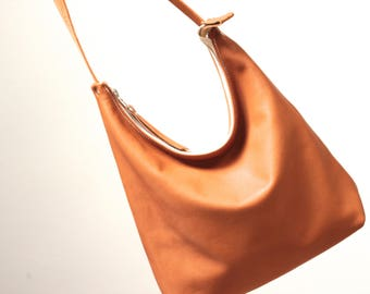 Organic vegetable tanned, leather bag