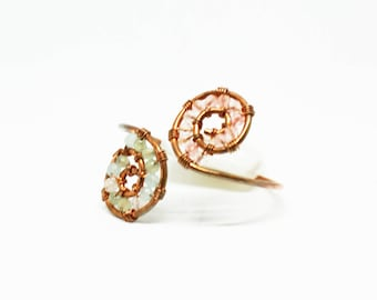 Copper wire bracelet with semi-precious stone beads, handmade.