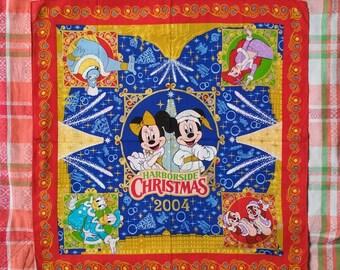 Free Shipping no09991 Red Harborside Christmas Vintage Bandana