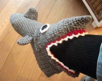 Shark slippers (ready!) size 35 t/m 40