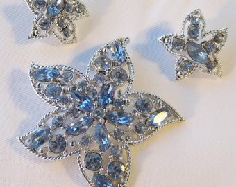 Sarah Coventry Star Fire blue rhinestone pin or brooch & clip-on earrings