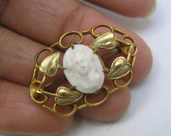Antique Carved Cameo Pin Brooch . Victorian Jewelry