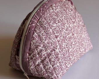 Handmade Dumpling pouch - fabric - quilted - beige lilac - flowers