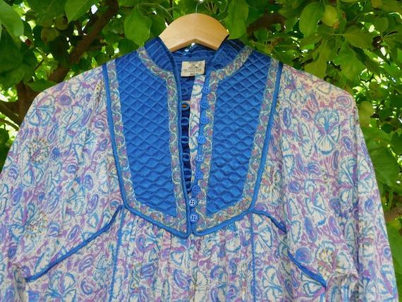 Made Sheer Blouse~ India~ Bib Blue ~ Dimensions~ Vintage Gauze Block 70s Print in US See Womens Medium Unique Sn4nRq8Ez