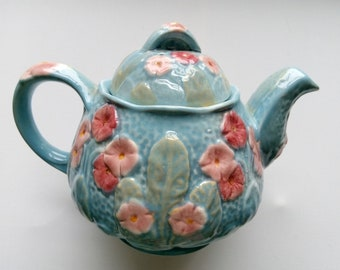 Melba Ware teapot.1950