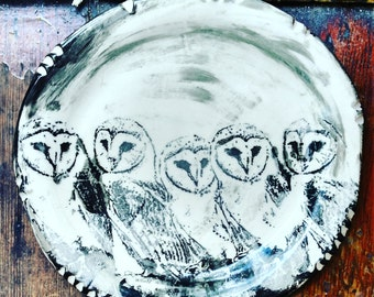 Barn Owl Plate -- 8 inches -- Porcelain