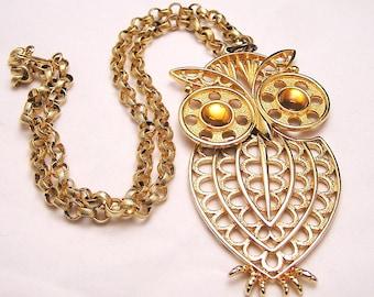 Vintage Textured Owl Pendant. J19