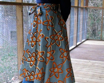 CUSTOM Circle Skirt can be ANY size, laps in back